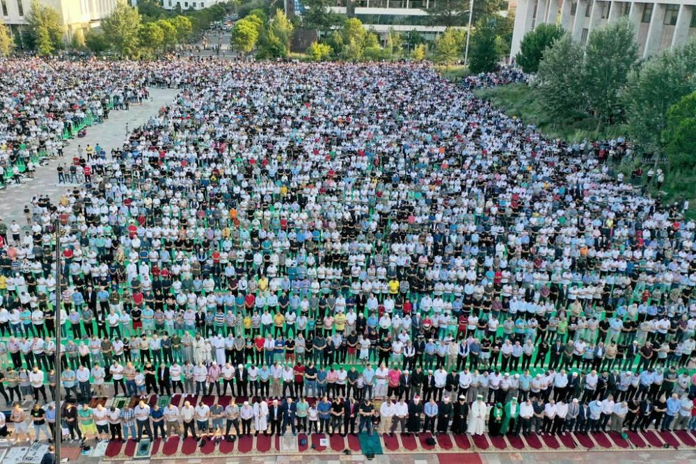 İslam dünyası bayram namazında buluştu 4