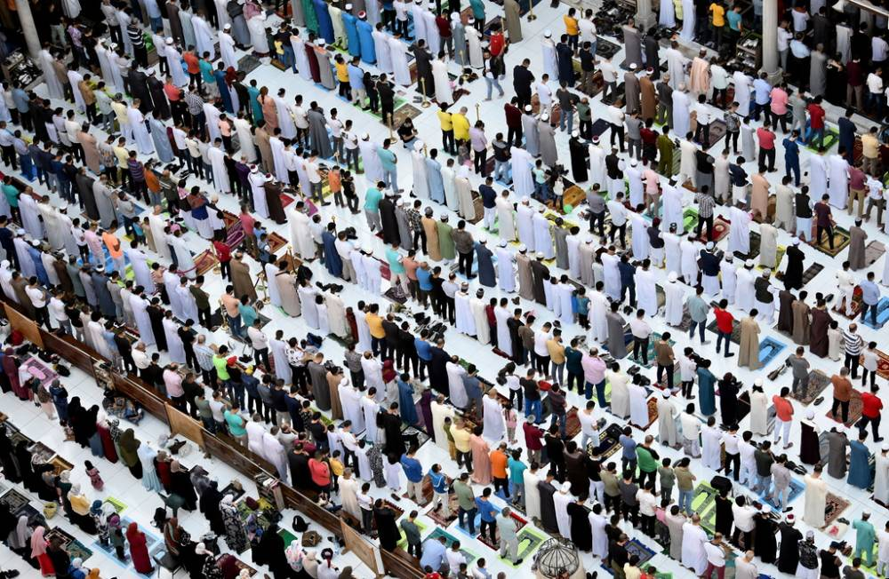 İslam dünyası bayram namazında buluştu 9