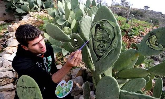 Filistin'i Kaktüslere Resmetmek 3