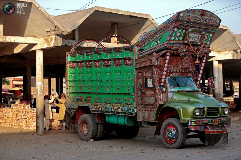 Pakistan'da kamyon süsleme sanatı 4