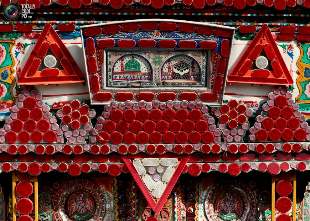 Pakistan'da kamyon süsleme sanatı 9