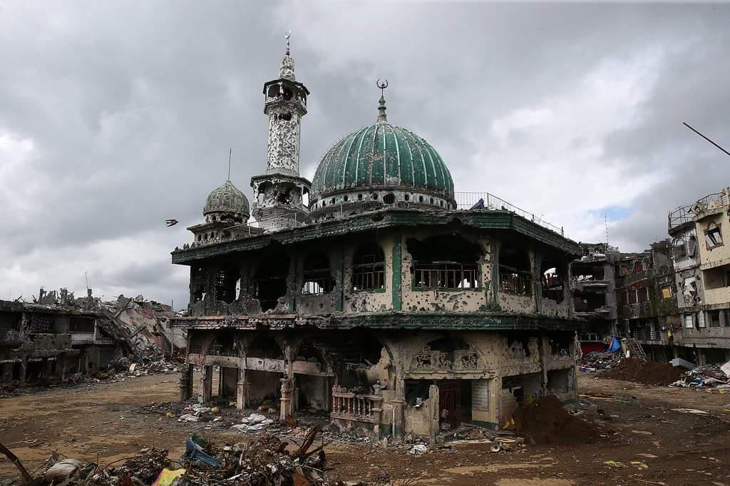 Filipinler ordusunun yıkıma uğrattığı Marawi şehri 1