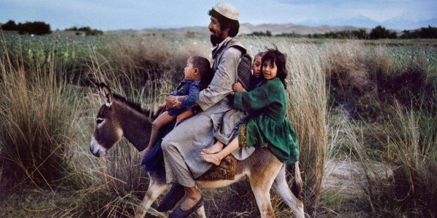 Steve McCurry'nin gözünden Afganistan