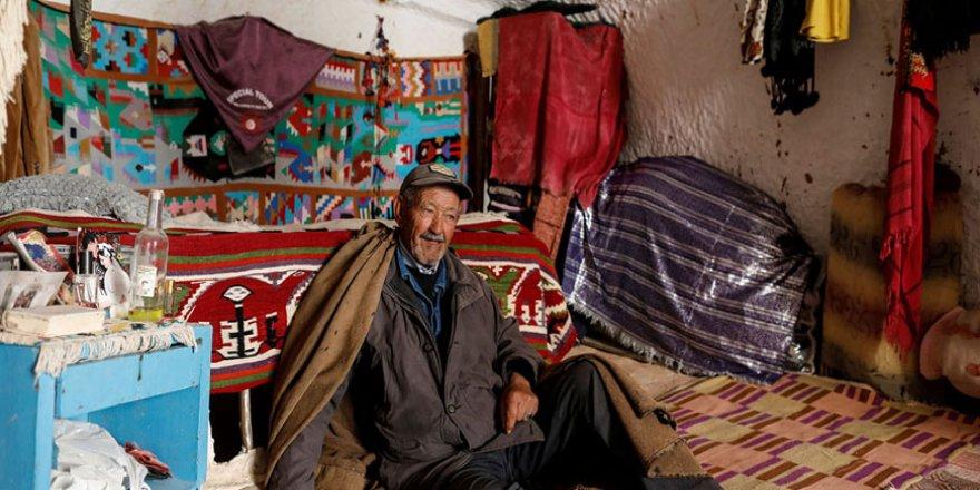 Tunus'un yeraltı evlerinde yaşayan son aileler