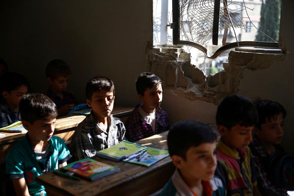 Suriye öğrencileri: Savaş alanında okula gitmek 15