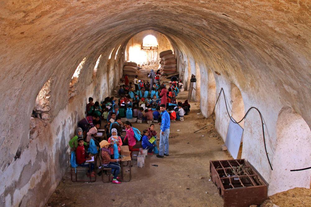 Suriye öğrencileri: Savaş alanında okula gitmek 16