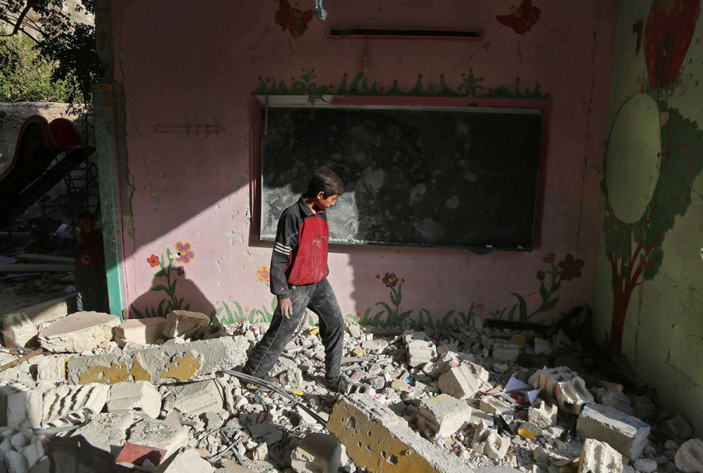 Suriye öğrencileri: Savaş alanında okula gitmek 9