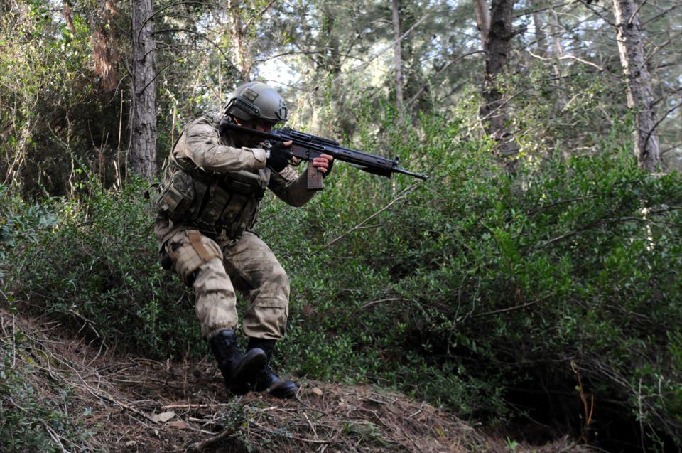 PKK sığınaklarına operasyon 19