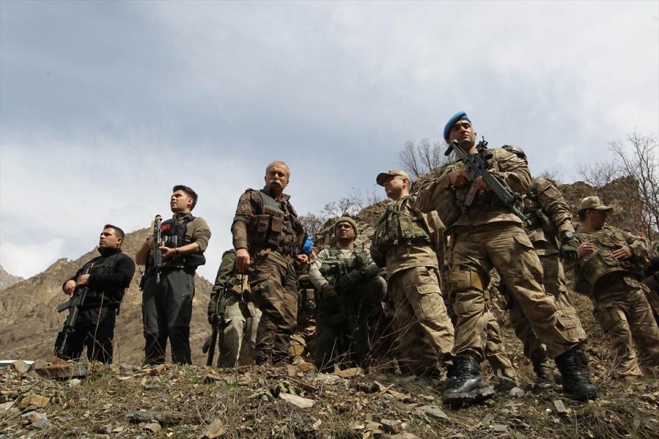 PKK sığınaklarına operasyon 8