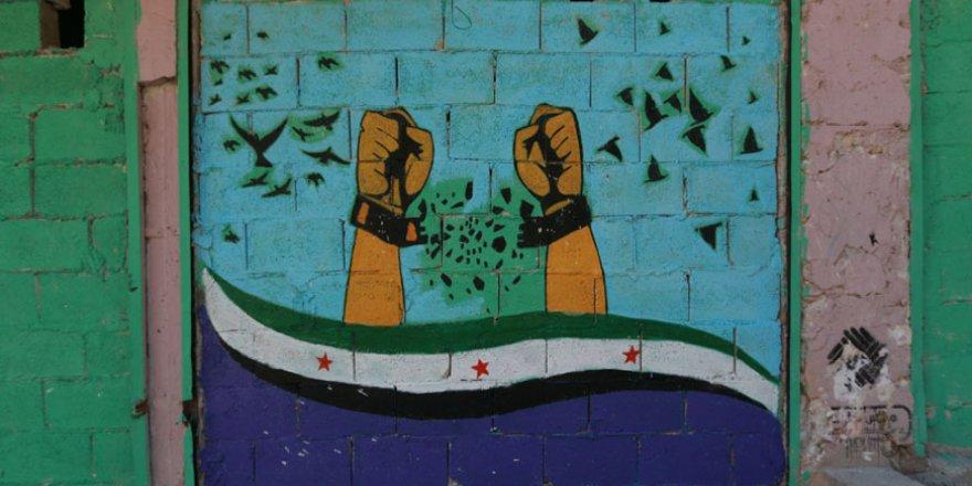 Halep'te 'devrim sanatı'