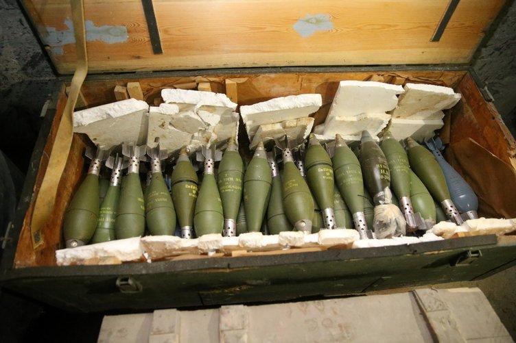 PKK'nın Afrin'deki cephaneliğinden çıkan silahlar hangi ülkele 10