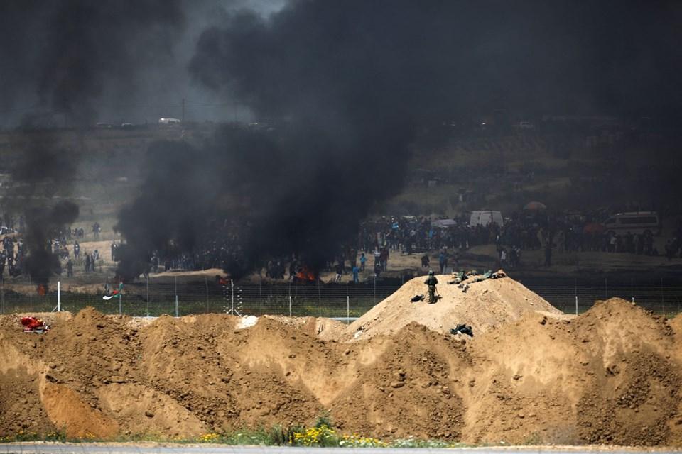 """İsrail'e rağmen Gazze sınırında """"ateş cuması"""" eylemi: 2 ö 1"""