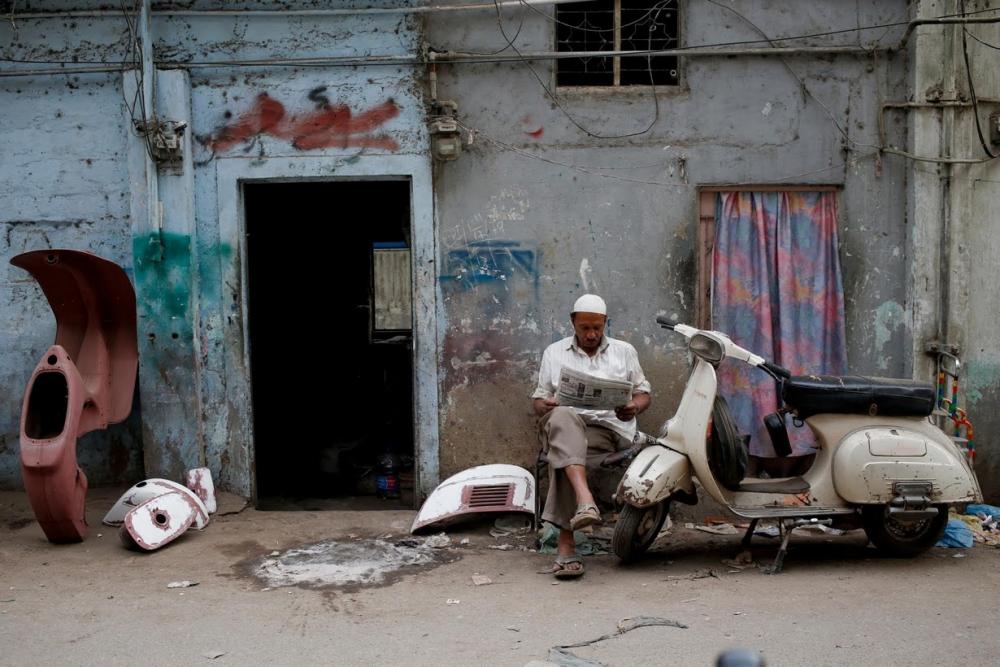 Pakistan BMW'si: Vespa scooterlar 1
