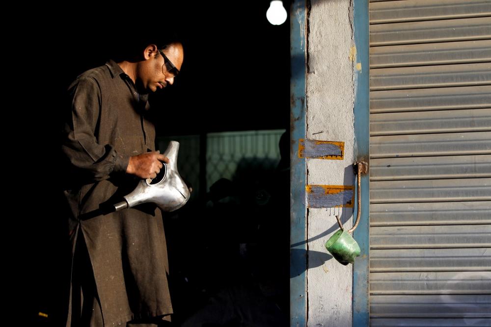 Pakistan BMW'si: Vespa scooterlar 11