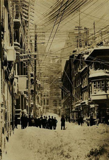 Az bilinen çarpıcı tarihi fotoğraflar 5