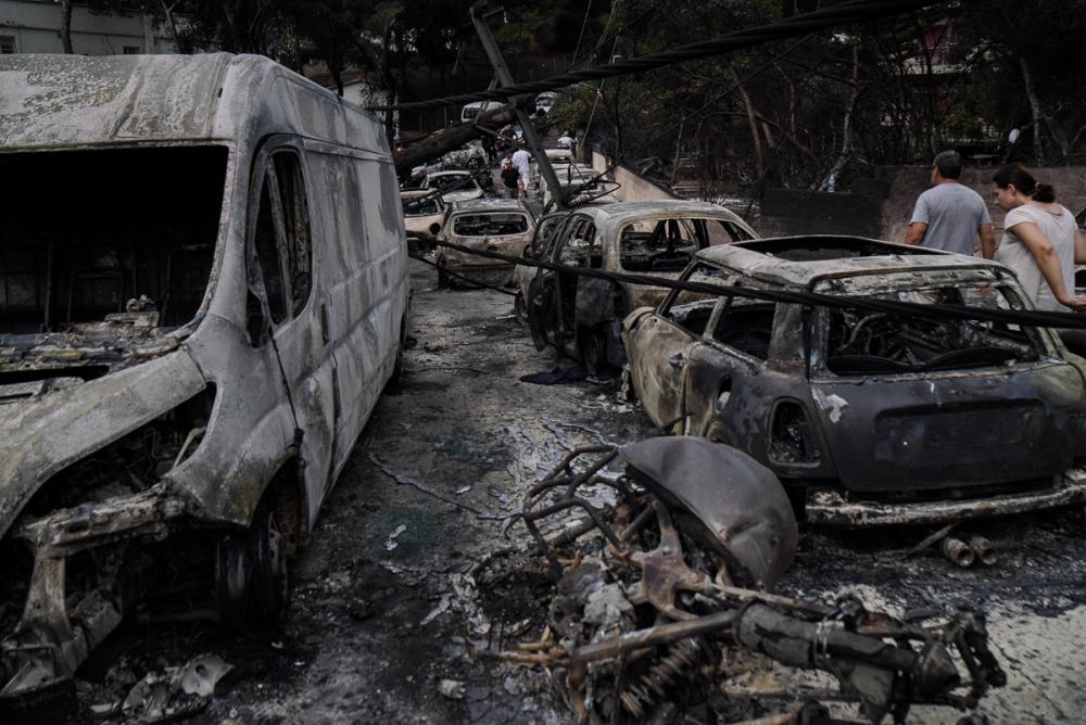 Yunanistan tarihinin en büyük yangını 8