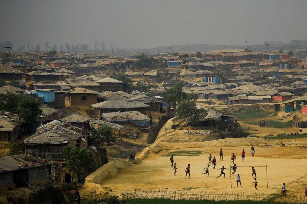 Rohingyalıların tehlikeli sularda hayatta kalma mücadelesi 2