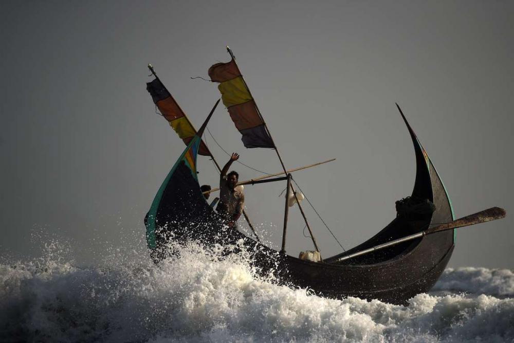 Rohingyalıların tehlikeli sularda hayatta kalma mücadelesi 5