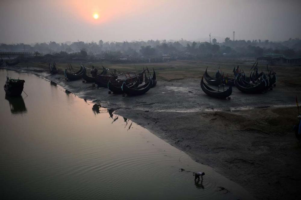 Rohingyalıların tehlikeli sularda hayatta kalma mücadelesi 6