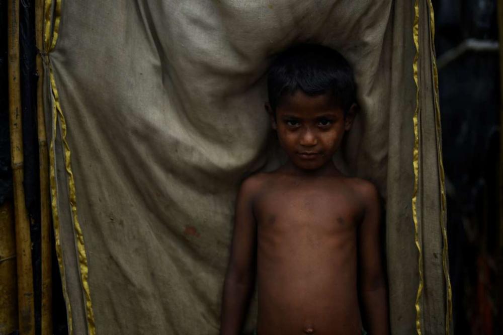 Rohingyalıların tehlikeli sularda hayatta kalma mücadelesi 9