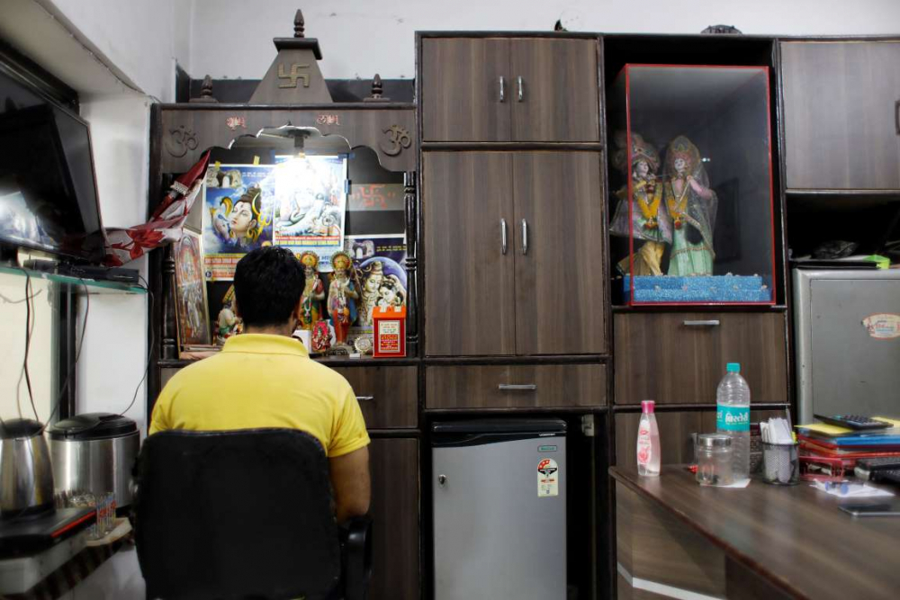 Hindistan'da dokuma fabrikalarının 'gariban' yüzü 17