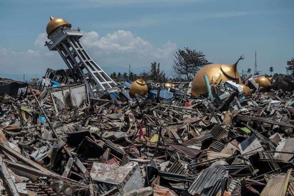 Endonezya'daki yıkıcı felaketten geriye kalanlar 1