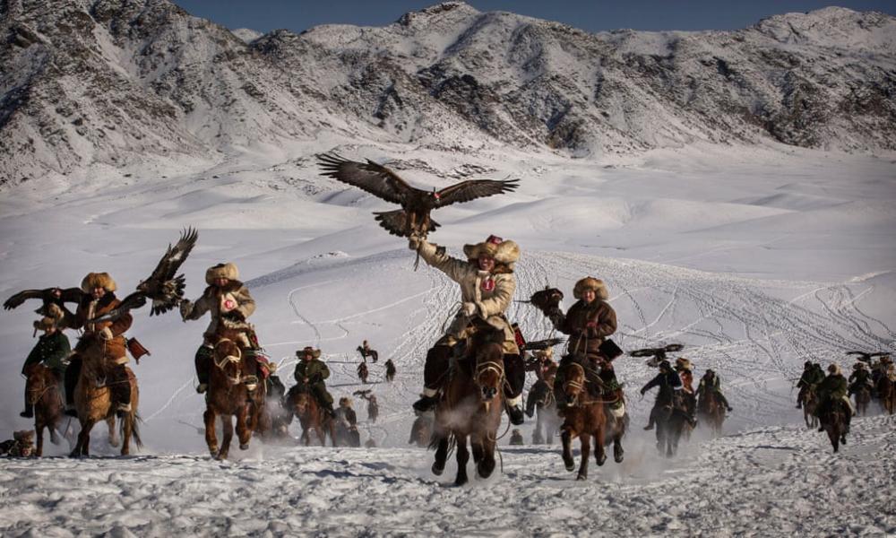 Kazakistan'daki geleneksel avcılık festivalinden kareler 16