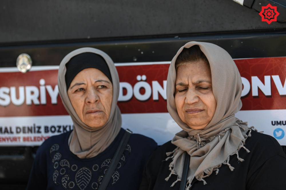 'Gönüllü olarak' Türkiye'den Suriye'ye geri gönderil 11