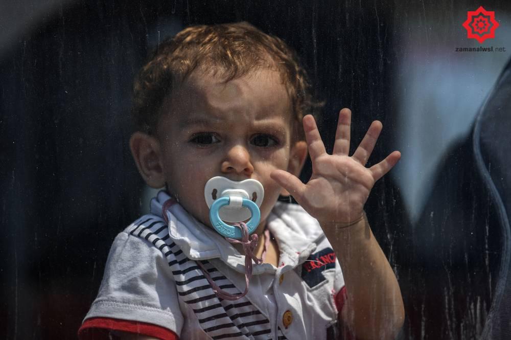'Gönüllü olarak' Türkiye'den Suriye'ye geri gönderil 13