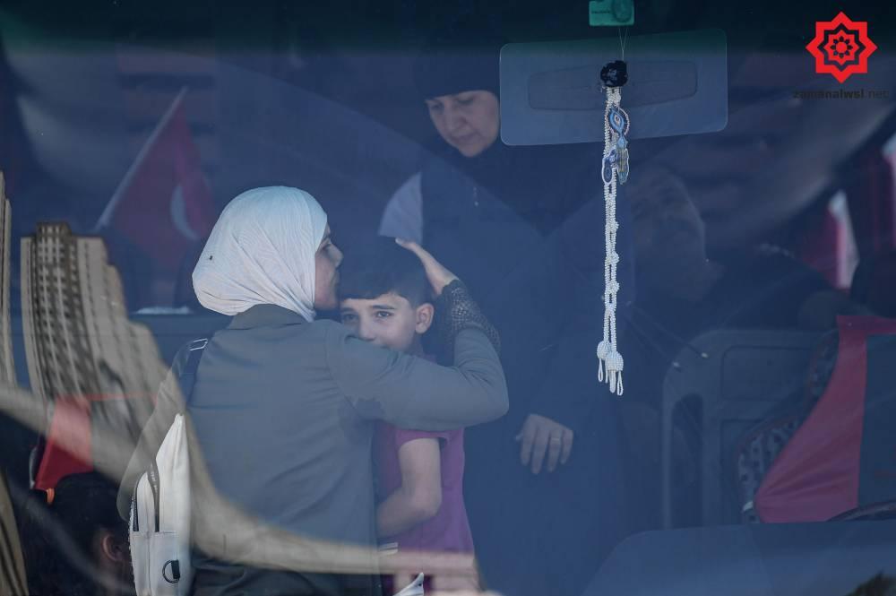 'Gönüllü olarak' Türkiye'den Suriye'ye geri gönderil 7