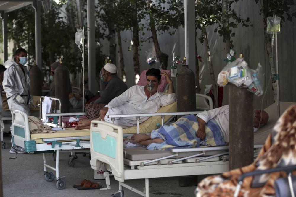 Afgan halkı koronavirüsle mücadele ediyor 3