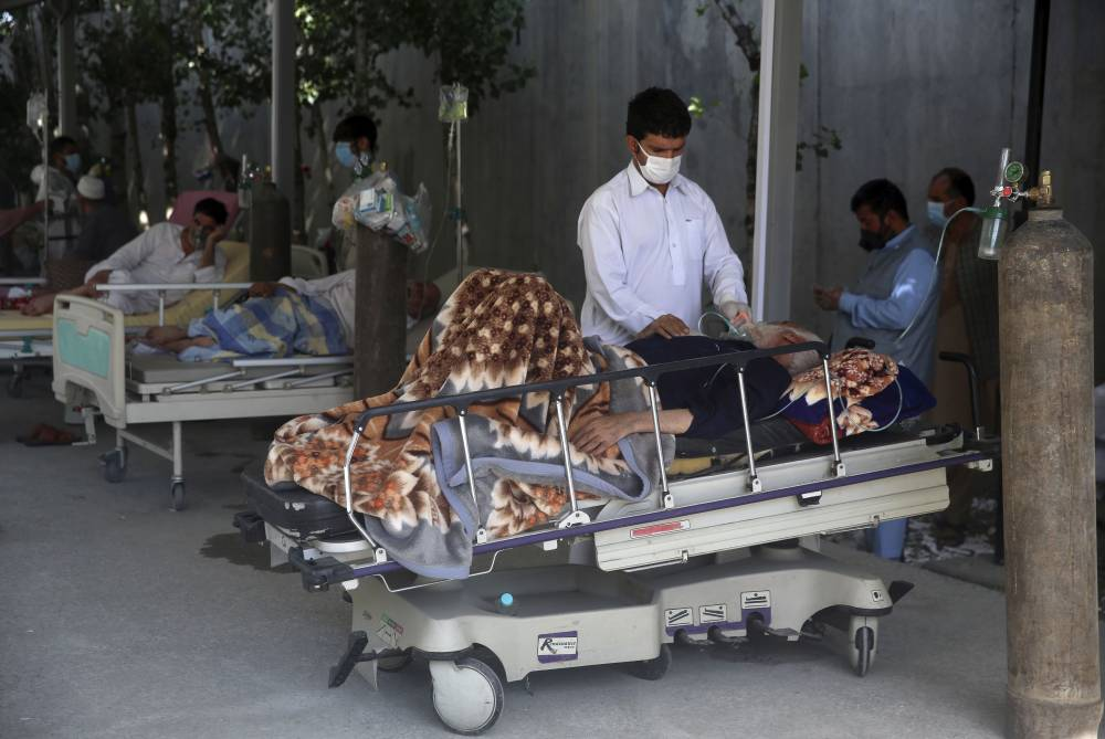 Afgan halkı koronavirüsle mücadele ediyor 4