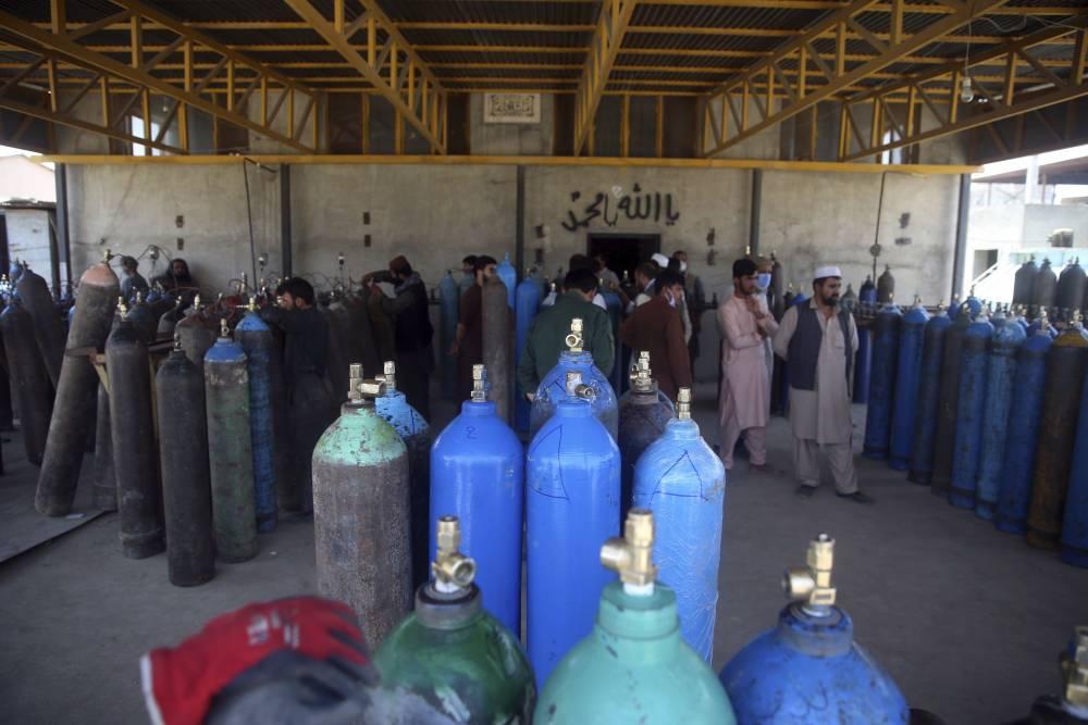 Afgan halkı koronavirüsle mücadele ediyor 7