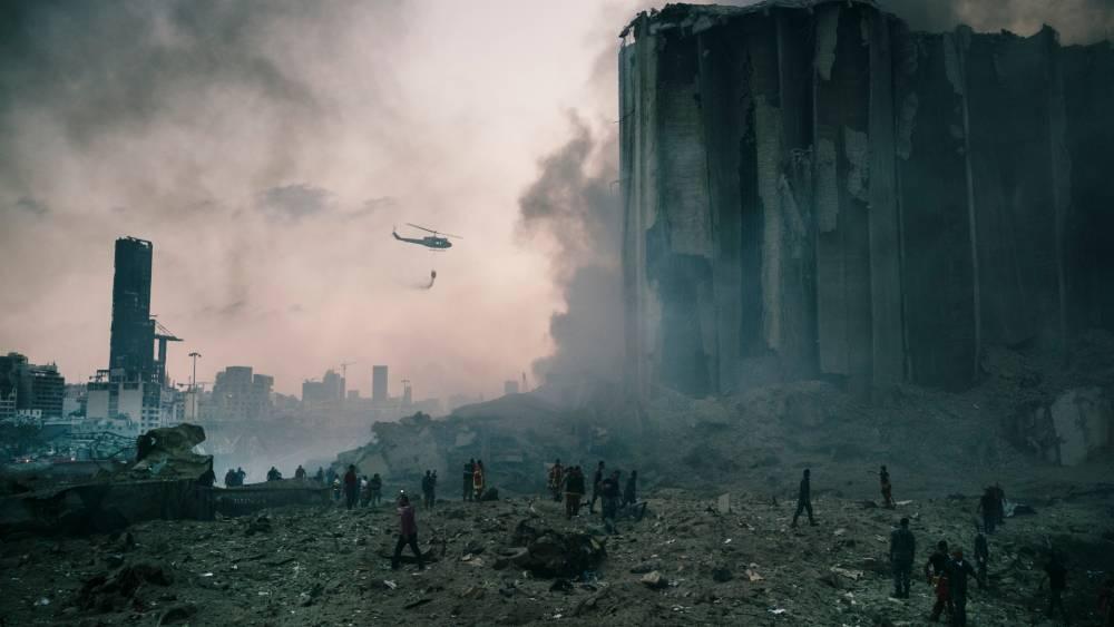 Beyrut'taki patlamanın dehşet verici kareleri 14