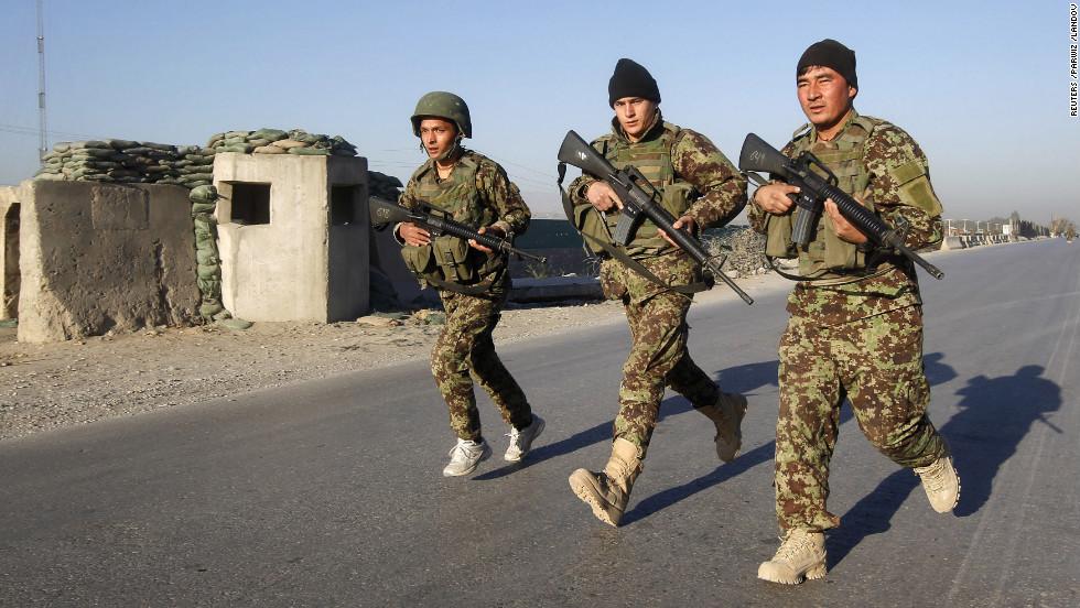 Afganistan'da polis akademisine saldırı