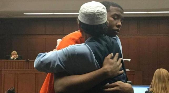 ABD'de Müslüman baba oğlunun katilini böyle affetti