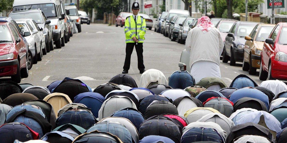 İslam 10 yılda İngiltere'de bir numaralı din olacak