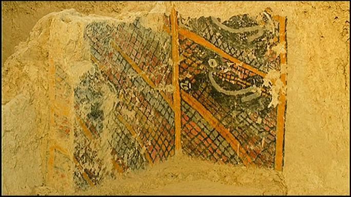 İki bin yıllık eserler kül oldu