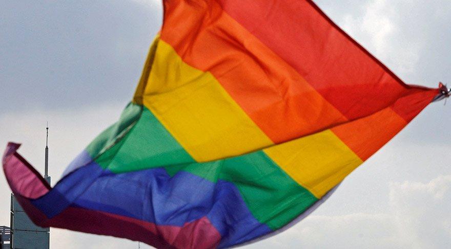 Avustralya halkı eşcinsel evliliğe 'evet' dedi