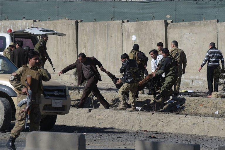 ABD alarmda: Taliban lazer güdümlü silah kullandı