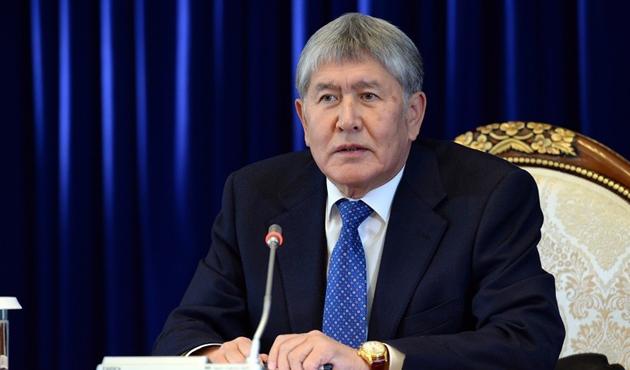 Atambayev: Rusya ile aramızı açtılar