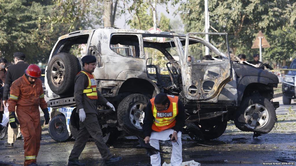 Polis şefine canlı bomba saldırısı