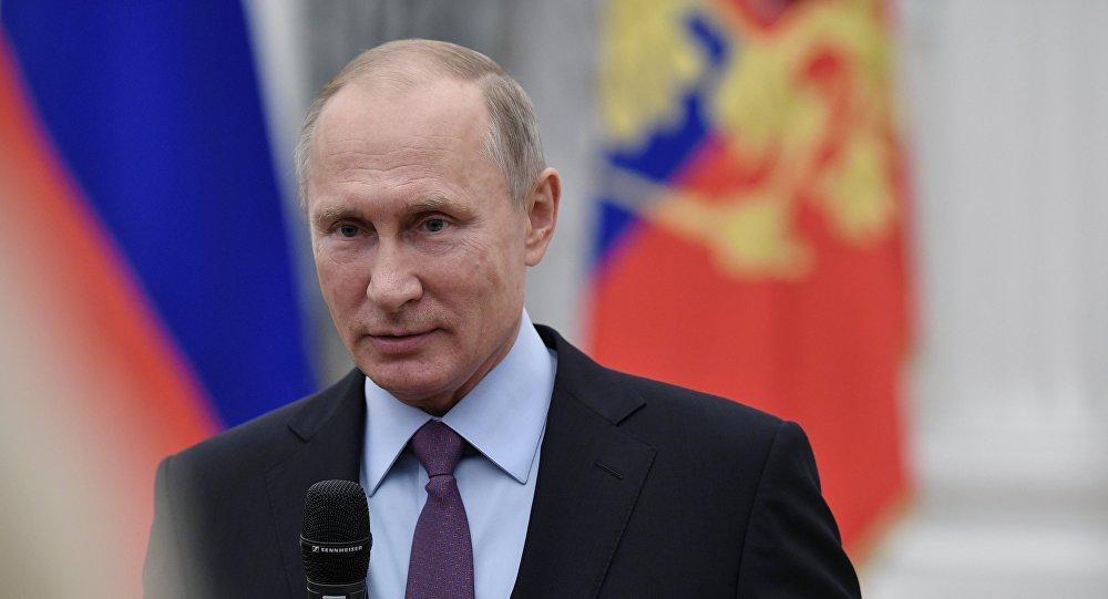 Putin başkanlık için tekrar aday olacak