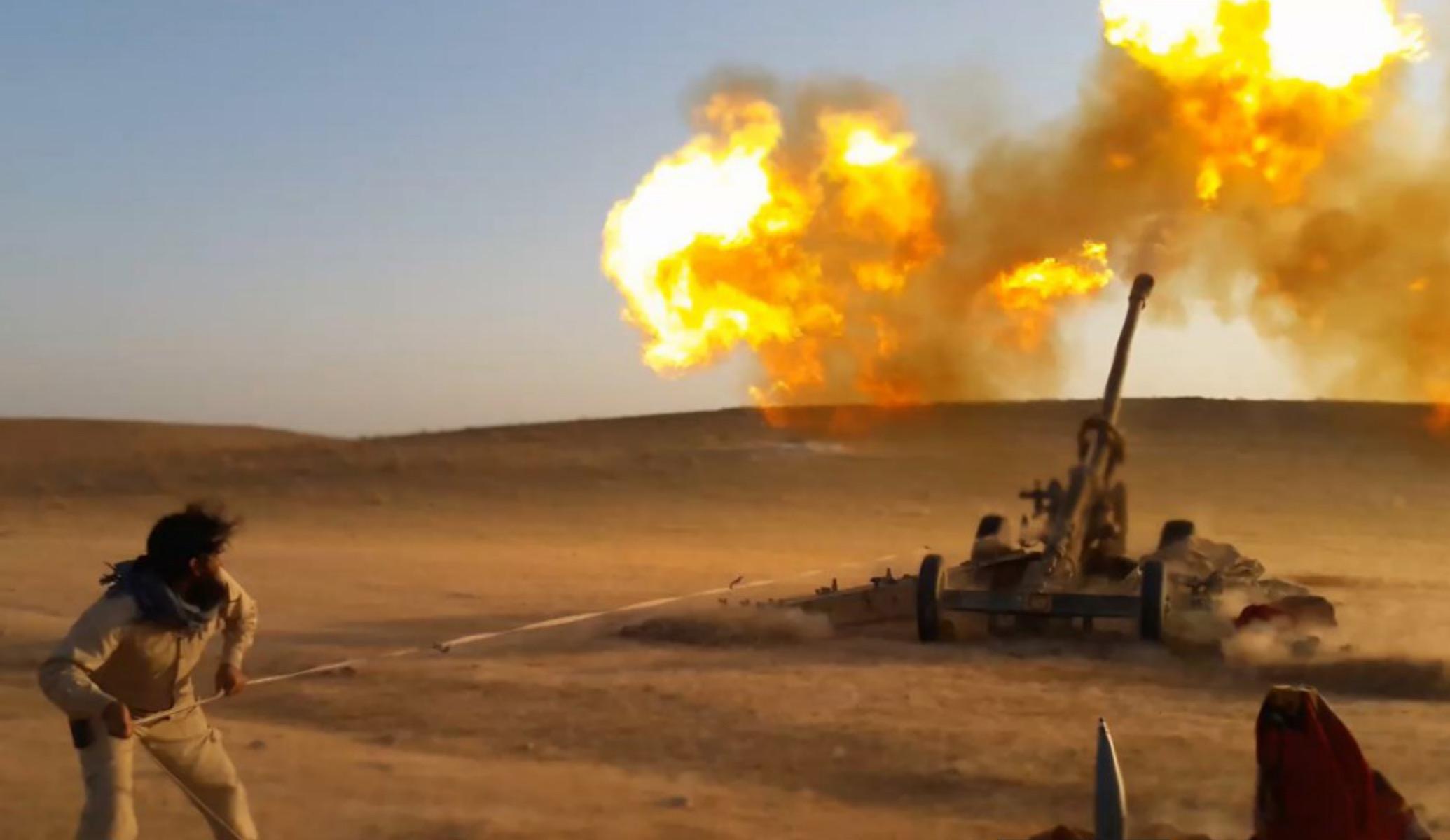 IŞİD Deyr ez Zor'da karşı saldırıya geçti