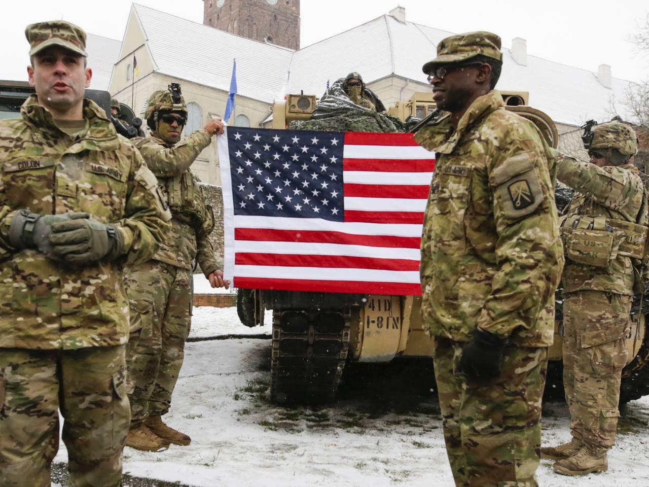 Trump, 7 yıl sonra ilk kez asker sayısını artırdı