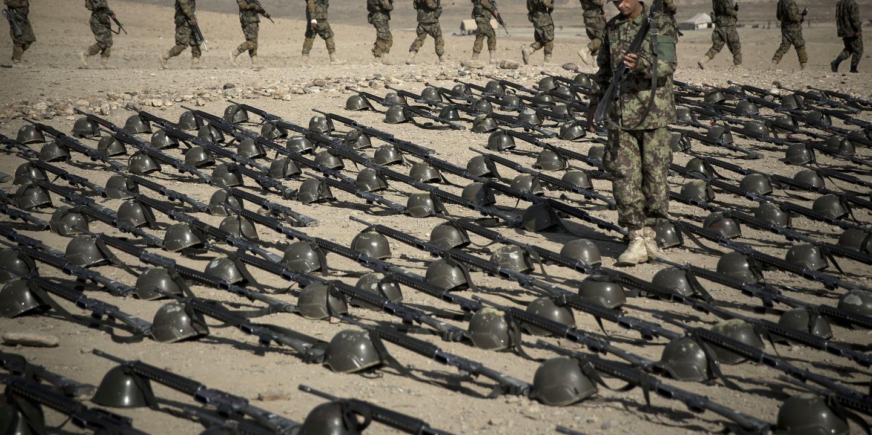 Ortadoğu'da silahlanma yarışı bütçeleri zorluyor