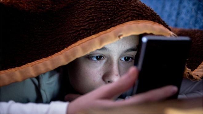 Yatırımcılardan Apple'a uyarı: 'Çocukları zombi olmaktan kurtarın'