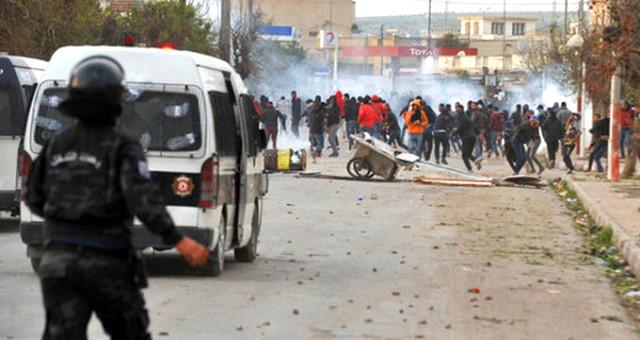 """""""Tunuslular eski sisteme dönüşten endişeli"""""""