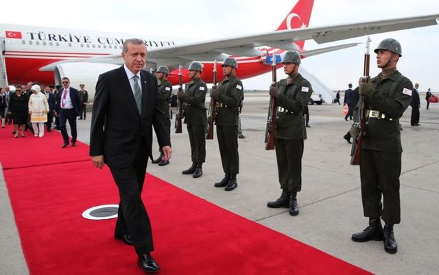 """""""Erdoğan'ın Uçağı Vurulmaktan Son Anda Kurtuldu"""""""