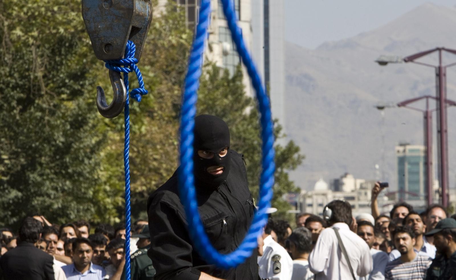 İran'da Sünni Kürtlere Toplu İdam